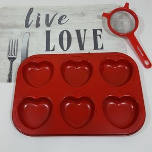 The Main Ingredients Kitchen - The Main Ingredients Heart Shaped Muffin Pan/Mold